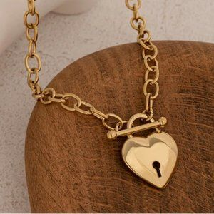 NEW 18K Gold Plated Heart Lock Toggle Link Chain Necklace